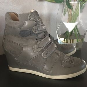 3e01e7ed4762 Koolaburra Shoes - KOOLABURRA by UGG Preston Wedge Sneaker